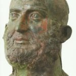 bronzova glava